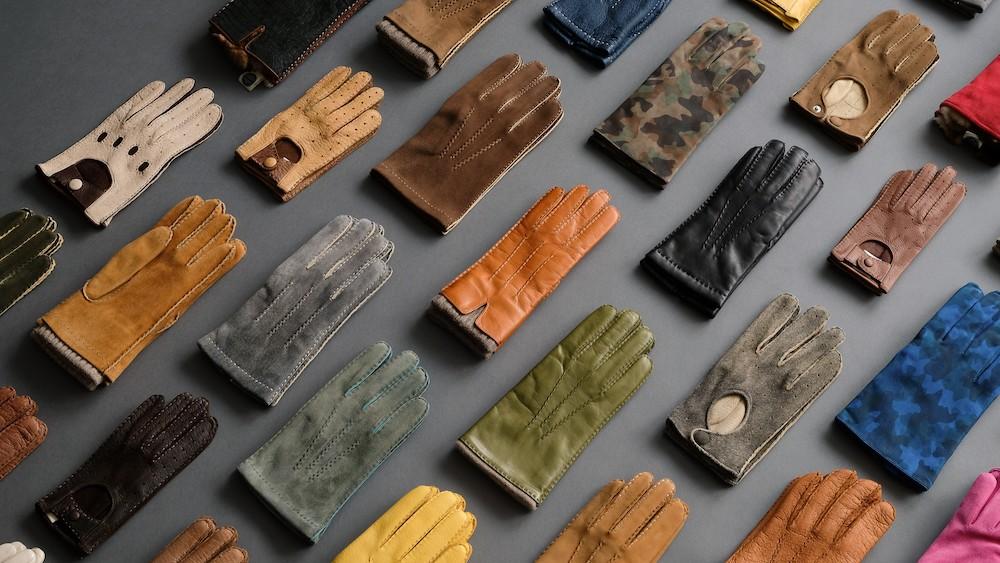 Handschuhe Thomas Rieger Glosse